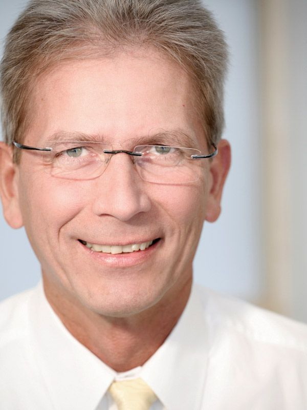 Dr. Gerhard Pfeiffer