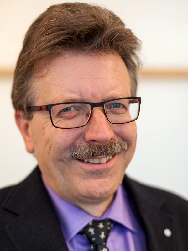 Andreas Staar